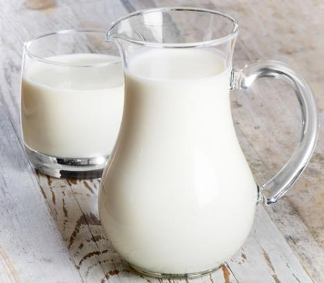 Bé trên 1 tuổi uống sữa tươi tốt hơn sữa bột (3)